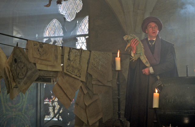 File:Quirinus-quirrell-in-his-classroom.png