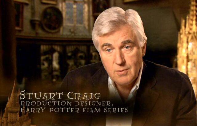 File:Stuart Craig (Production Designer, Harry Potter films) - HP6 screenshot.JPG