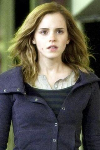 File:Hermione DH.jpg
