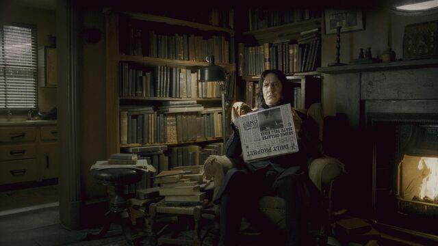 File:Severus Snape reading the Daily Prophet.JPG
