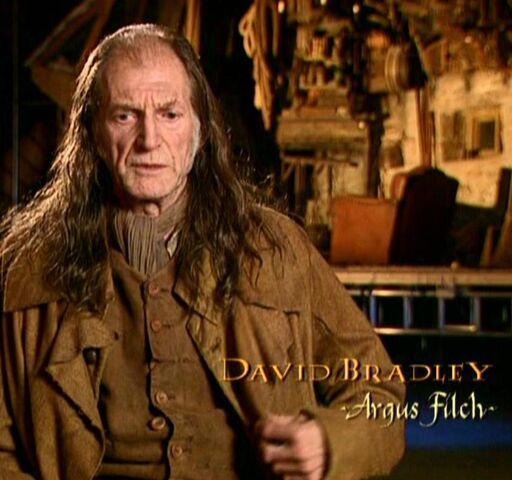 File:David Bradley (Argus Filch) CoS screenshot.JPG