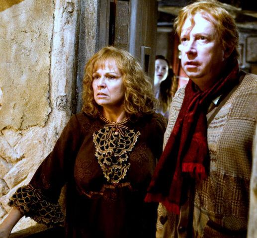 File:Molly and Arthur Weasley.jpg