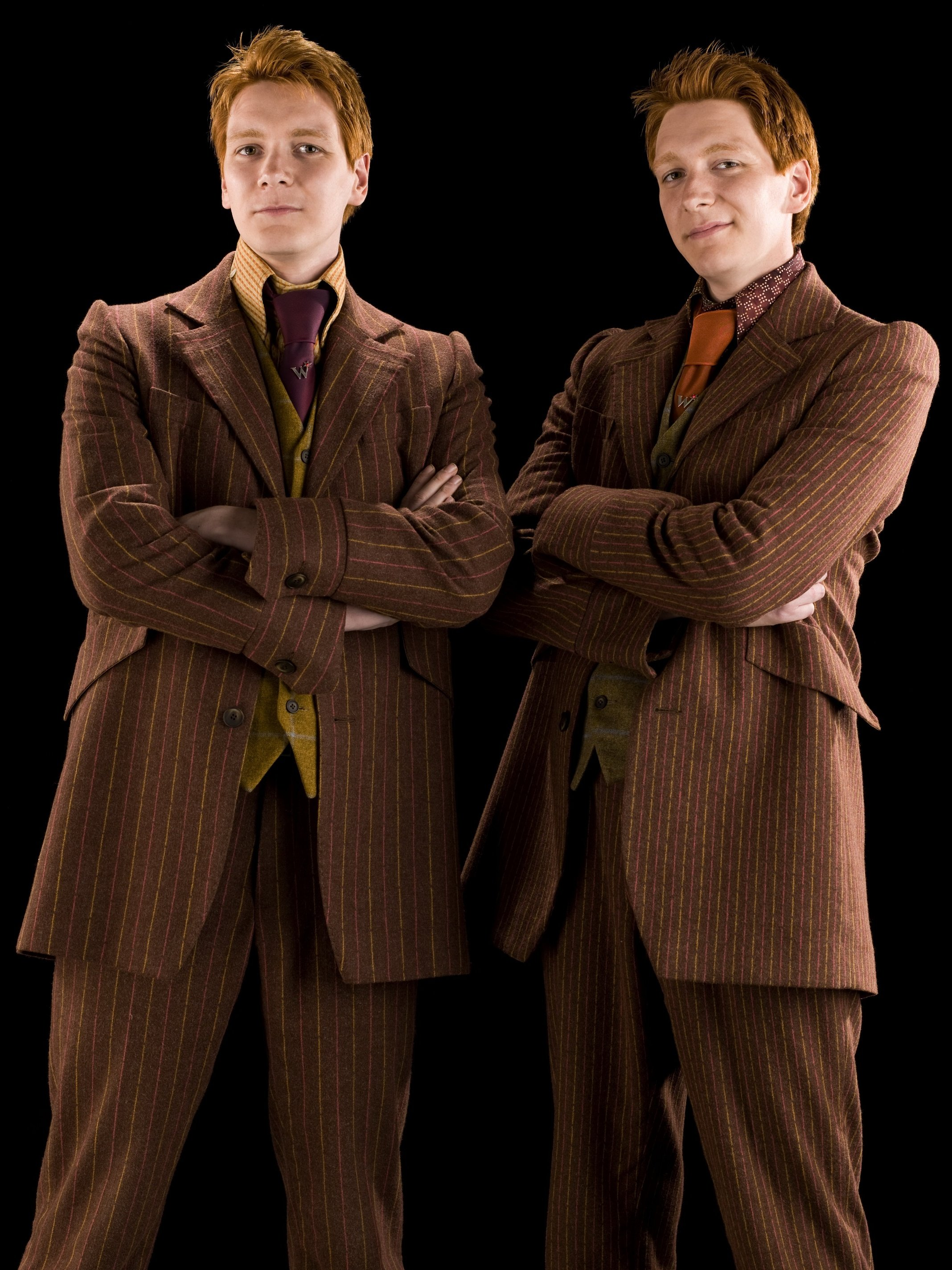 Bestand:Fred and George Weasley (HBP promo) 2.jpg
