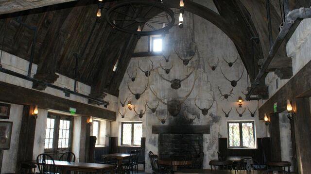 File:Three Broomsticks Interior.jpg