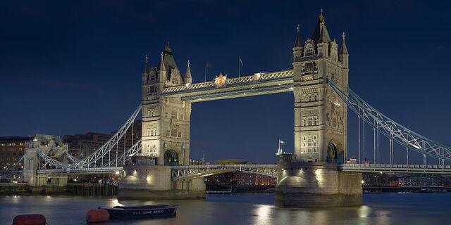 File:800px-Tower Bridge London Feb 2006.jpg