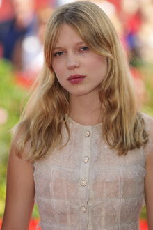 Aimee Levesque (age 18)