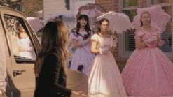 Normal Hart of Dixie S01E01 Pilot 720p WEB DL DD5 1 H 264 CtrlHD mkv0474