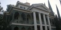 Antebellum mansion