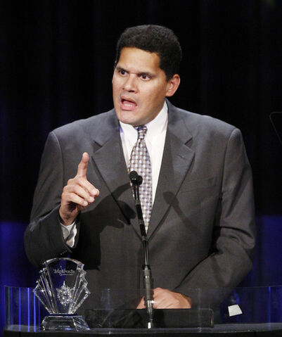 File:Reggie giving speech.jpg