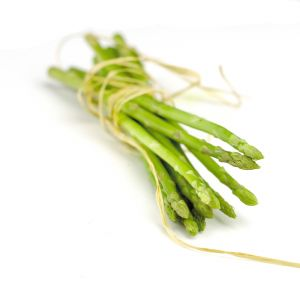 1152198 asparagus isolated on white background