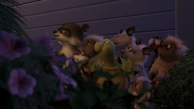 File:Overthehedge-disneyscreencaps.com-2203.jpg