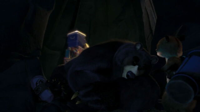 File:Overthehedge-disneyscreencaps.com-200.jpg