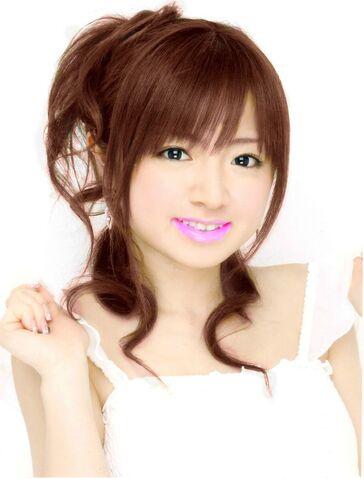File:Kobayashi Erika 1.jpg