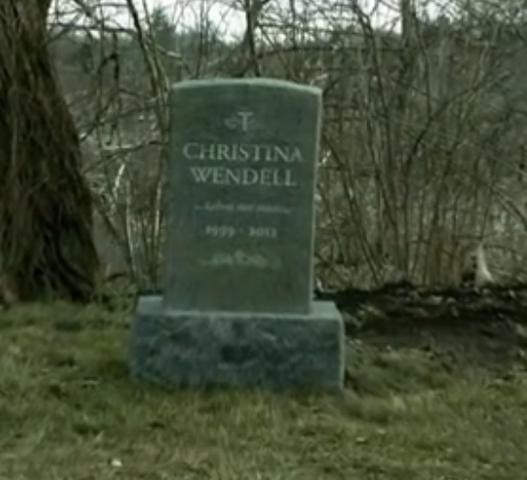 File:Christina's Grave.PNG