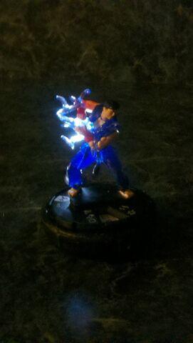 File:Ryu Ultra-White Spotlight LED Universal Heroclix Mount.jpg