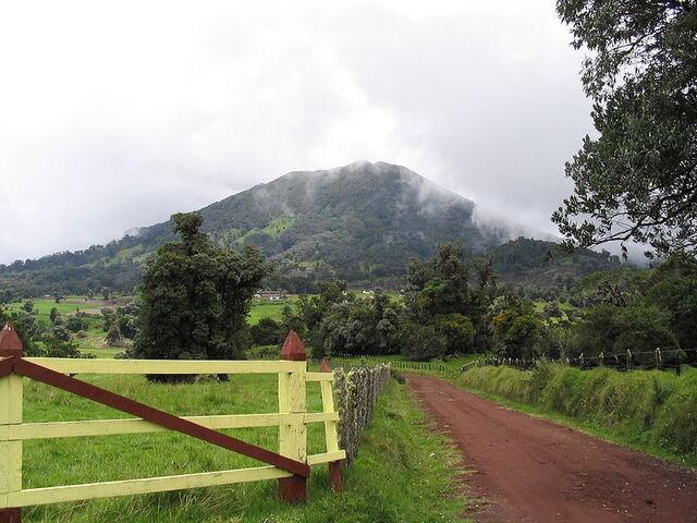 File:Turrialba Volcano, Costa Rica.jpg