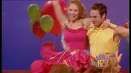 Charli & Tim Move It