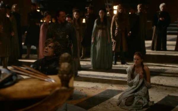 Archivo:Tyrion salva a Sansa HBO.jpg