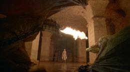 Daenerys visita a sus dragones HBO