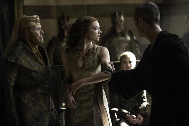 Archivo:Margaery arrestada HBO.jpg