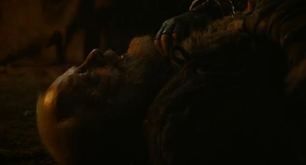 Archivo:Craster asesinado HBO.jpg