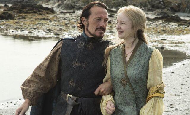 Archivo:Bronn y Lollys Stokeworth HBO.jpg