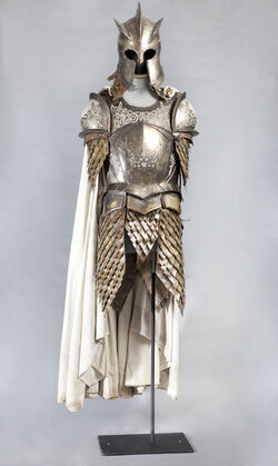Guardia Real armadura HBO.jpg