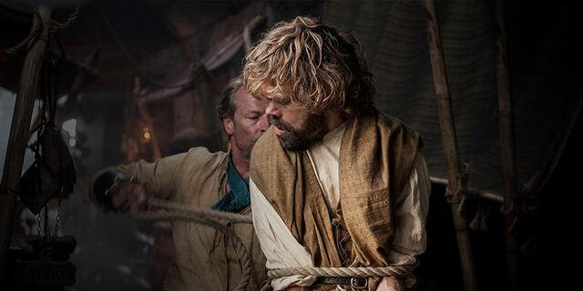 Archivo:Jorah captura a Tyrion HBO.jpg