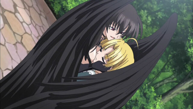 File:Escaping embrace.JPG