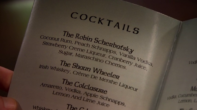 File:Robin drink.png