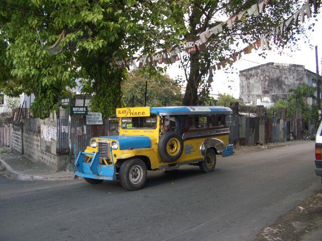 File:Jeepney Quezon City.jpg