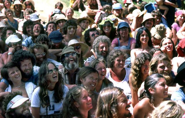 File:Hip 1981 Seated Crowd NZ.jpg