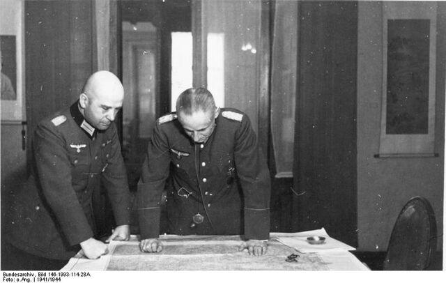 File:Bundesarchiv Bild 146-1993-114-28A, Hans Krebs, Ernst August Köstring.jpg