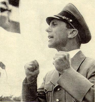 File:GoebbelsBoxing.jpg