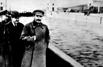 File:The Commissar Vanishes 2.jpg