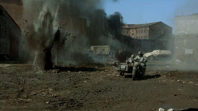 File:Battle Scenes under artillery fire.jpg