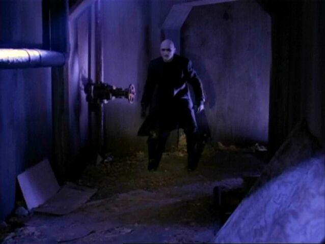 File:1x19-Grimlock-Sewers.jpg