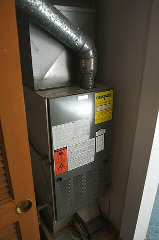 File:Utility closet/Furance.jpg