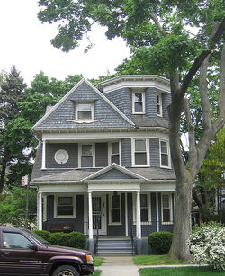 2008-05-11 01 Attractive grey house in Prospect Park South, Brooklyn
