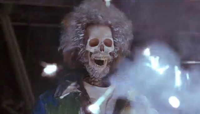 File:Home Alone 2 Marv Electrocuted.jpeg