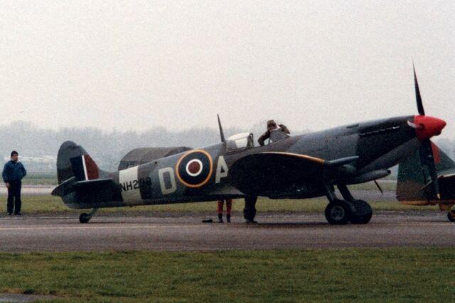 File:Supermarine Spitfire 1985.jpg