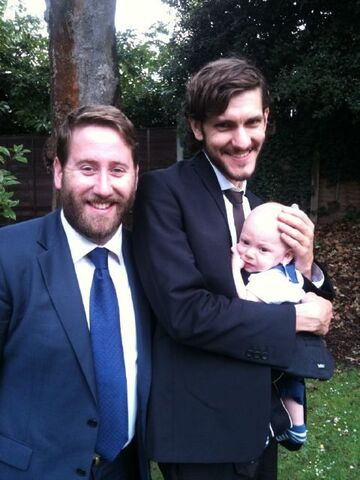 File:Bo with his father and Jim Howick.jpg