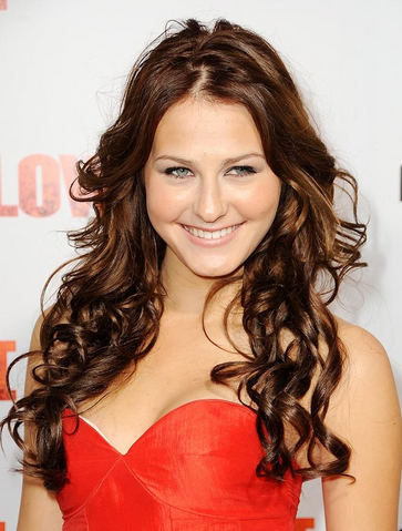 File:Scout Taylor-Compton.png