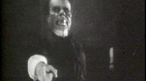 Phantom Of The Opera - Unmasking Scene (1925)