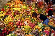 800px-Fruit Stall in Barcelona Market