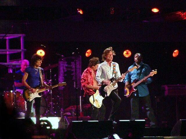 File:Rolling stones - 11 luglio 2006 - san siro.jpg
