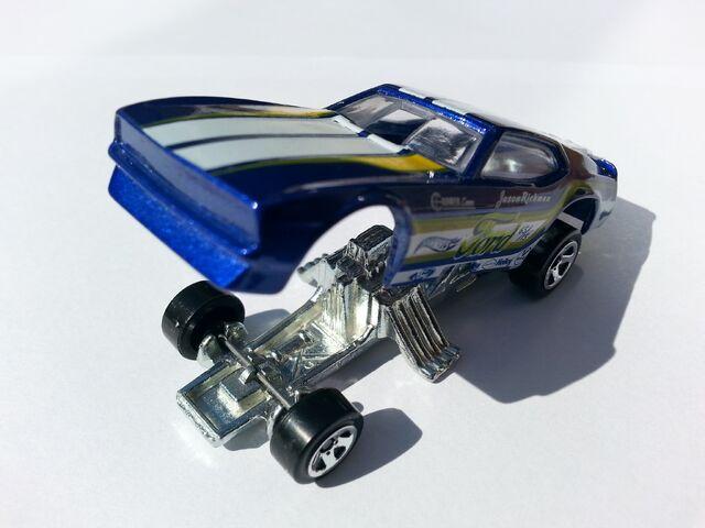 File:'71 Mustang Funny Car opened.jpg