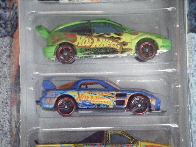 File:Hot Wheels 2012 5 pack Team HW 24seven ford focus.JPG