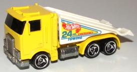 File:Ramp Truck YelDW3.JPG