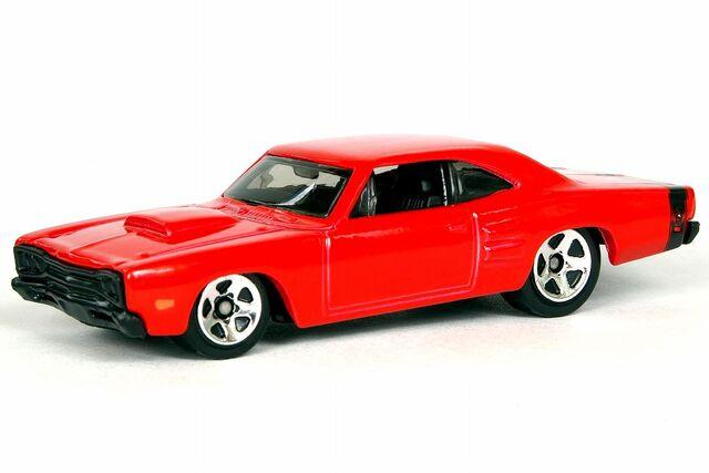 File:Red Dodge Coronet Superbee - 5647df.jpg